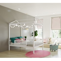MAX & LILY TWIN SIZE HOUSE BED IN WHITE WITH 2 GUARDRAILS